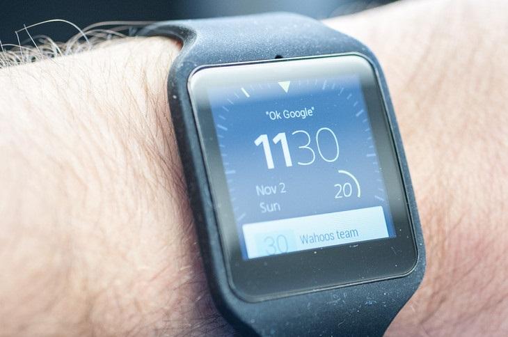 Sony Smartwatch 3 (2)