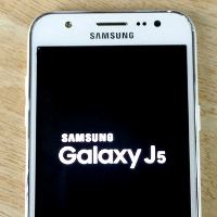 Samsung-Galaxy-J5-leaks-in-full-glory-real-life-images-and-specs-galore
